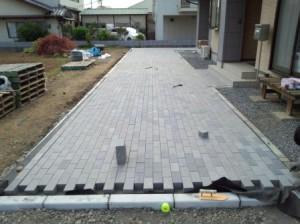 東松山外構インターロッキング敷き5.25④