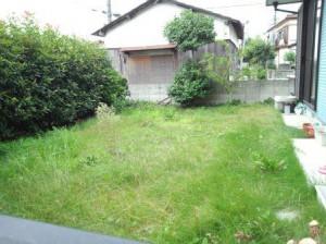 東松山市松葉町芝生刈り着工前①