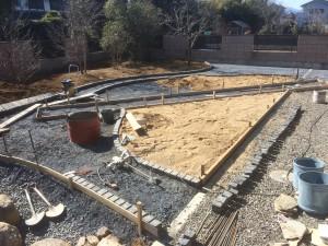 本庄市外構工事ブロック積み完了、美里町人工芝下地(山砂)、東松山市の松くい対策