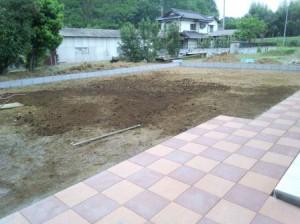 東松山庭工事平板敷き4