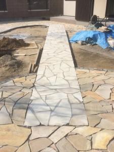 美里町庭天然石4